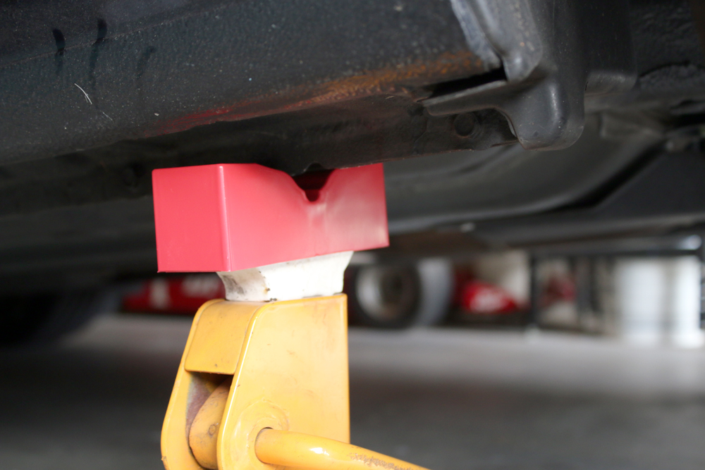 Image of jack stands under BRZ